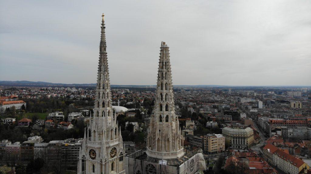 ika_FOTO Pogledajte oštećenje zagrebačke katedrale iz zraka | HKM