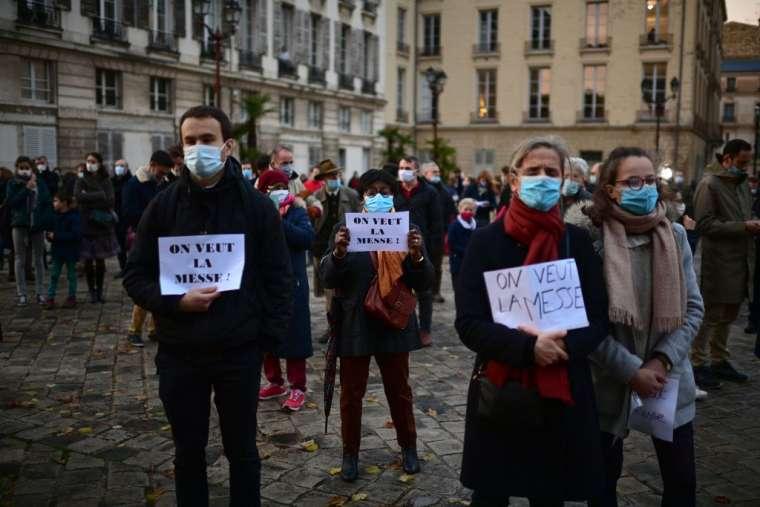U Francuskoj prosvjedi protiv zabrane javnih crkvenih okupljanja | HKM